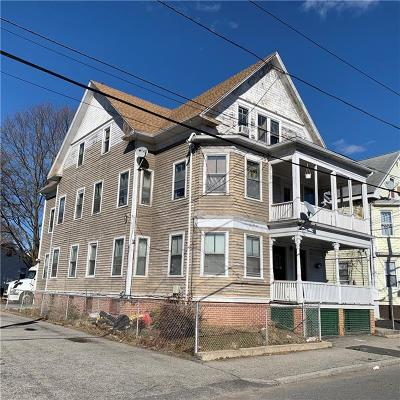 Providence RI Multi Family Home For Sale: $159,900