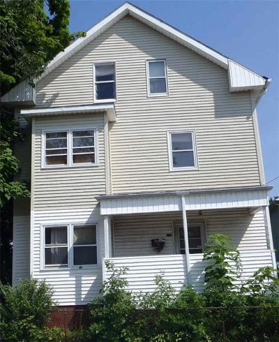 Providence RI Multi Family Home For Sale: $149,900