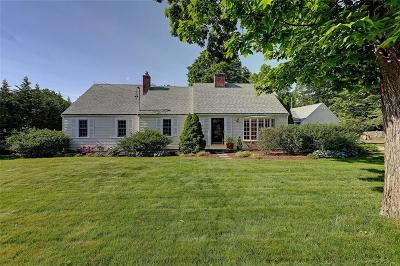 Bristol County Single Family Home For Sale: 118 Ferry Lane