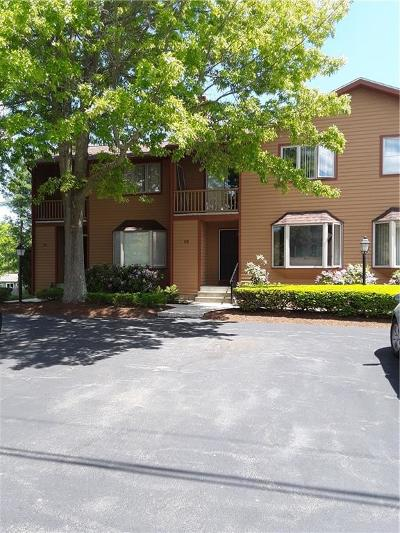 Smithfield Condo/Townhouse For Sale: 8 Tamarac Dr, Unit#b #B