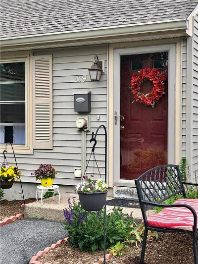 North Providence Condo/Townhouse For Sale: 565 Smithfield Rd, Unit#c9 #C9