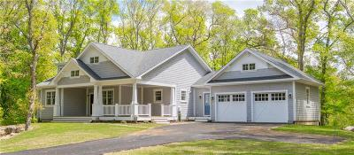 South Kingstown Single Family Home For Sale: 221 Spartina Cove Wy