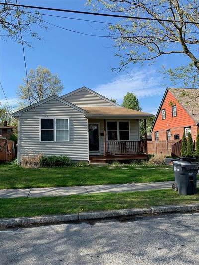 Providence Single Family Home Act Und Contract: 89 Sinclair Av
