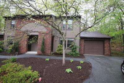 Smithfield Condo/Townhouse Act Und Contract: 26 Pheasant Run, Unit#b #B