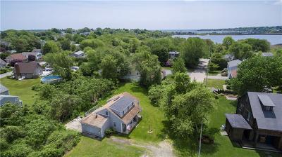 Narragansett Single Family Home For Sale: 66 Webster Av