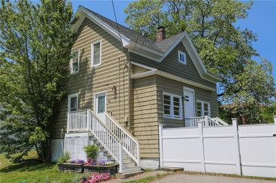 North Providence Single Family Home Act Und Contract: 76 Metcalf Av