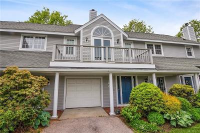 Middletown Condo/Townhouse Act Und Contract: 322 Corey Lane