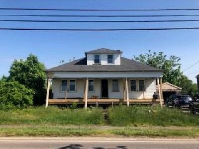 Middletown Single Family Home For Sale: 592 Green End Av