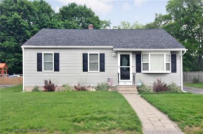 Lincoln RI Single Family Home For Sale: $299,900