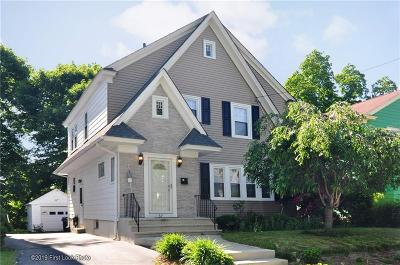 Providence Single Family Home For Sale: 37 Longwood Av