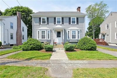 East Providence Single Family Home Act Und Contract: 77 Hope St
