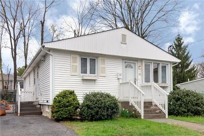 North Providence Single Family Home For Sale: 116 Palm St