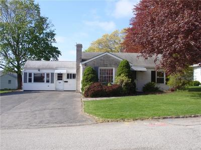 Cranston RI Single Family Home For Sale: $235,000