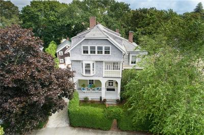 Newport Single Family Home For Sale: 58 - 58.5 Ayrault St