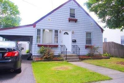 Providence Single Family Home For Sale: 34 Westcott Av