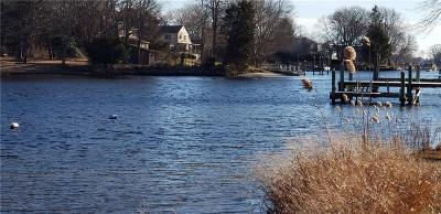 South Kingstown Single Family Home For Sale: 22 Riverside Drive