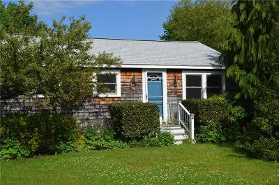 Warren Single Family Home For Sale: 5 Coggeshall St