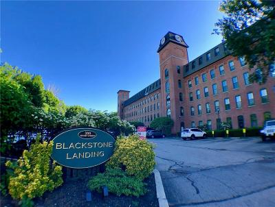 Pawtucket Condo/Townhouse For Sale: 300 Front St, Unit#415 #415