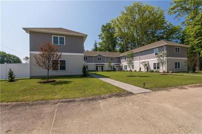 Portsmouth Condo/Townhouse Act Und Contract: 94 Sandy Point Farm Rd, Unit#5 #5