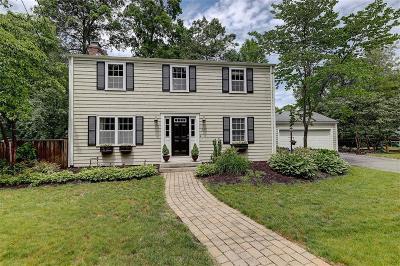 Barrington Single Family Home For Sale: 352 Nayatt Road