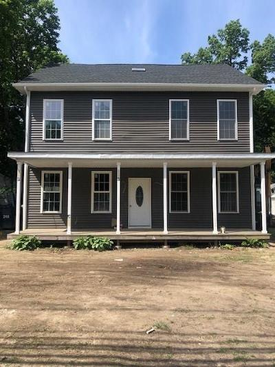 North Kingstown Single Family Home For Sale: 876 Ten Rod Rd