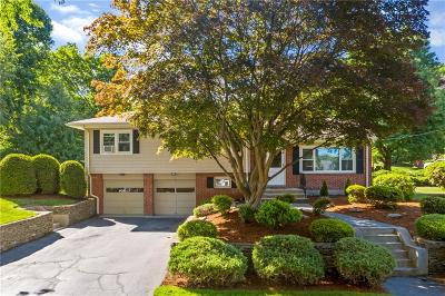 Warwick Single Family Home For Sale: 32 Hill Top Dr