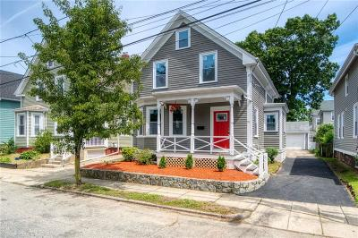 East Providence Single Family Home For Sale: 99 Summit St