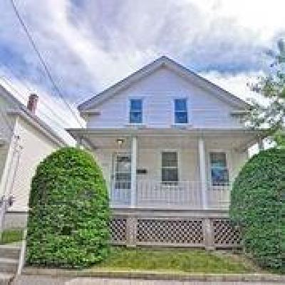 Cranston Single Family Home For Sale: 254 Northup St