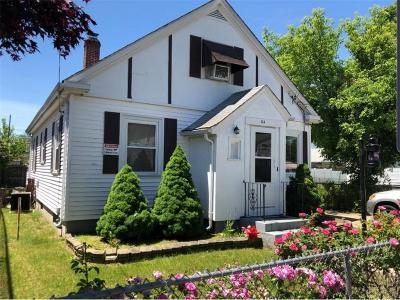 Providence RI Single Family Home For Sale: $198,000