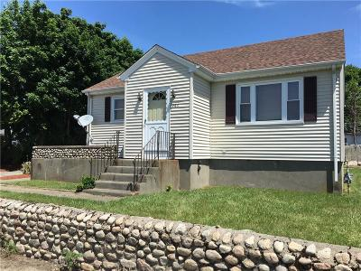 Tiverton Single Family Home For Sale: 286 Judson St