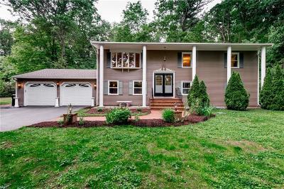 Smithfield Single Family Home Act Und Contract: 97 Smith Av