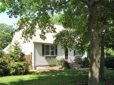 North Kingstown Single Family Home Act Und Contract: 10 Hopedale Dr
