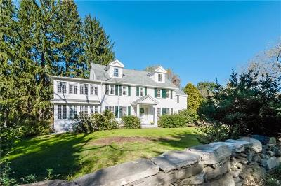 North Kingstown RI Single Family Home For Sale: $580,000