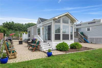 Narragansett Single Family Home For Sale: 1 Off Shore Rd