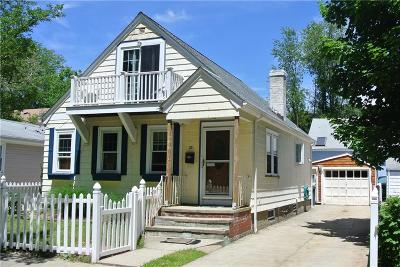 Providence RI Single Family Home For Sale: $225,000