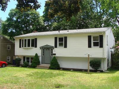 Warwick Single Family Home For Sale: 199 Claypool Dr