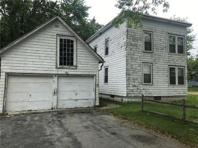 Cumberland Single Family Home For Sale: 76 Pine Swamp Rd
