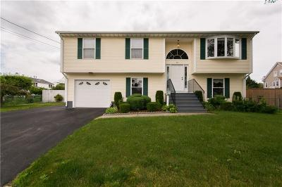 East Providence Single Family Home For Sale: 65 Apulia St