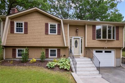 North Kingstown Single Family Home Act Und Contract: 10 Inez Dr