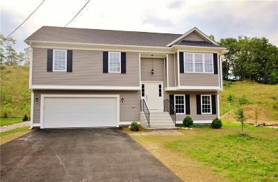 Woonsocket Single Family Home For Sale: 40 Dulude Av