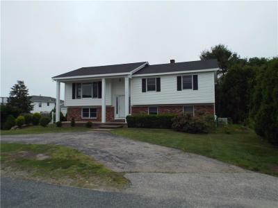 Narragansett RI Single Family Home For Sale: $632,700