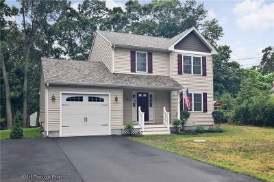 Warwick Single Family Home For Sale: 160 Arnolds Neck Dr