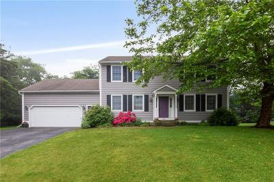 South Kingstown Single Family Home For Sale: 258 Chestnut Hill Rd