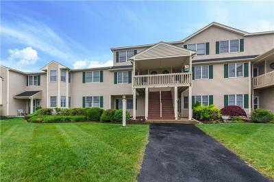 West Warwick Condo/Townhouse For Sale: 85 Scenic Dr
