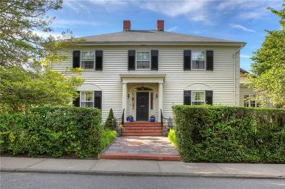 Kent County, Washington County, Newport County, Bristol County, Windham County, Worcester County, Providence County Single Family Home For Sale: 12 Redwood St