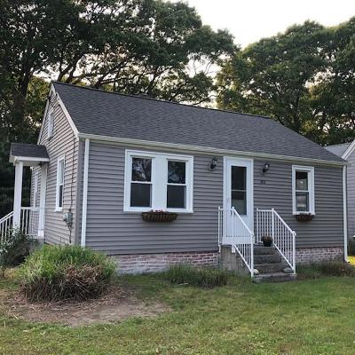 North Kingstown Single Family Home For Sale: 80 Buena Vista Dr