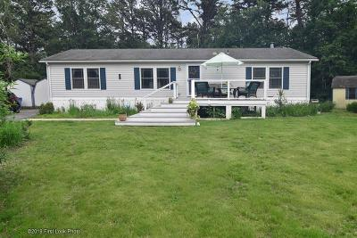 South Kingstown Single Family Home For Sale: 59 Pine Tree Lane