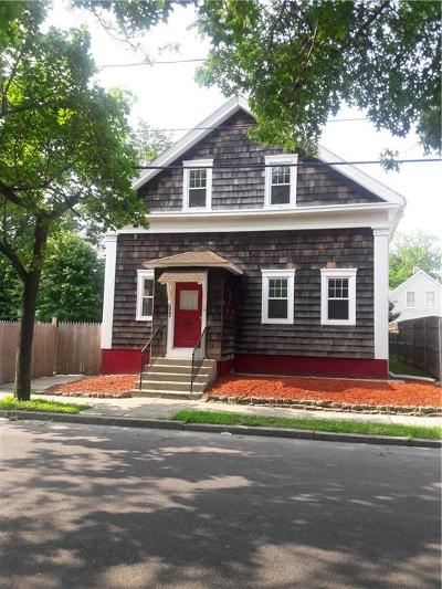 Cranston Single Family Home For Sale: 344 Smith St