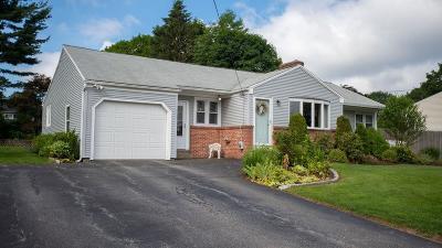 Garden City Single Family Home For Sale: 167 Lawnacre Dr