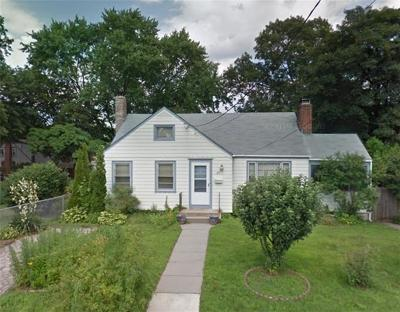 Warwick Single Family Home For Sale: 20 Central St